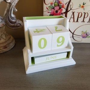 Other - Hallmark White Block Perpetual Calendar